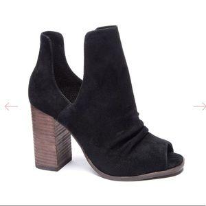 Chinese laundry black lash boot